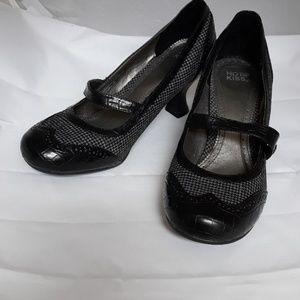 Hot Kiss Black and Grey Heels